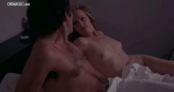 Emmanuelle Arsan  nackt