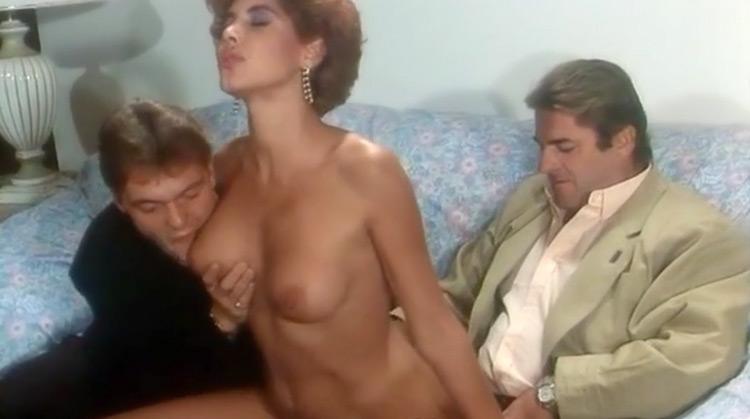 amiche Del Cazzo Nude Scenes