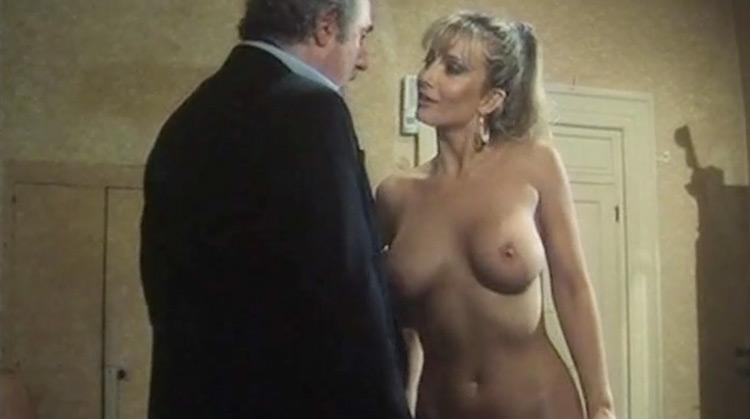 la Puritana Nude Scenes