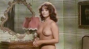 un Toro Da Monta Nude Scenes