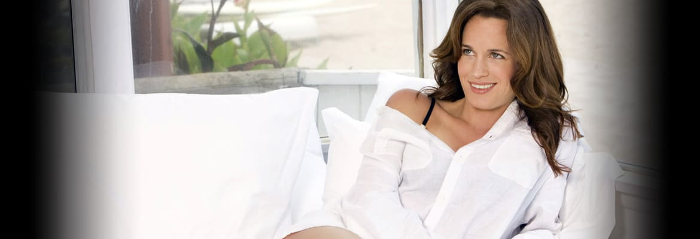 bio Elizabeth Reaser Nude