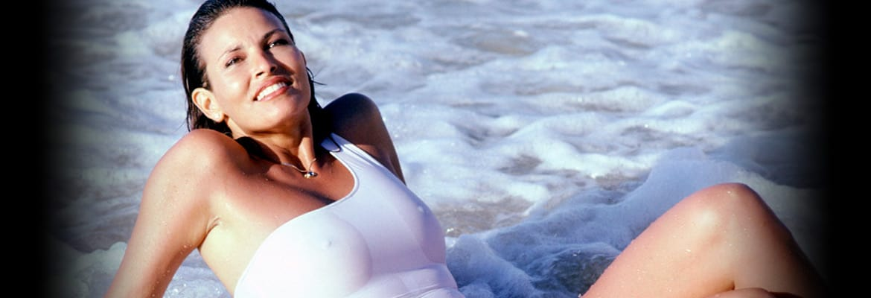 bio Raquel Welch Nude