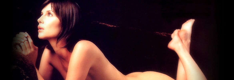 bio Veronica Logan Nuda